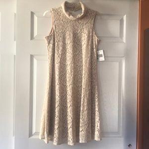 Women's Taylor Sleeveless Beige Lace Size 8